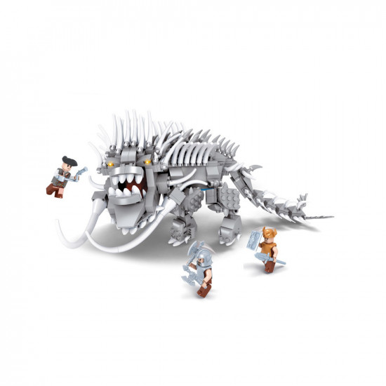 Monster constructor with fangs, 2 knights and a soldier 595 parts